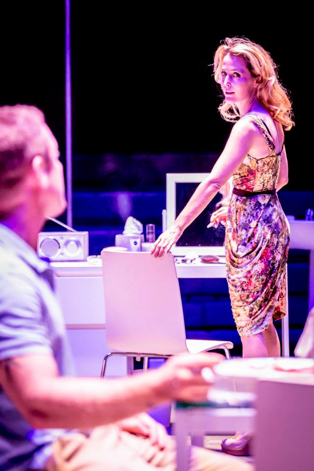 streetcar named desire critique Former x-files star gillian anderson brings damaged diva blanche dubois full circle in this stylish tennessee williams revival, which also stars ben foster.
