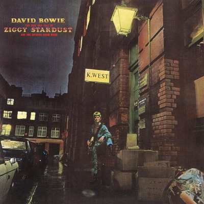 The cover of David Bowie's The Rise and Fall of Ziggy Stardust that contains Starman. The cover of the vinyl edition clearly makes an appearance in play no 2
