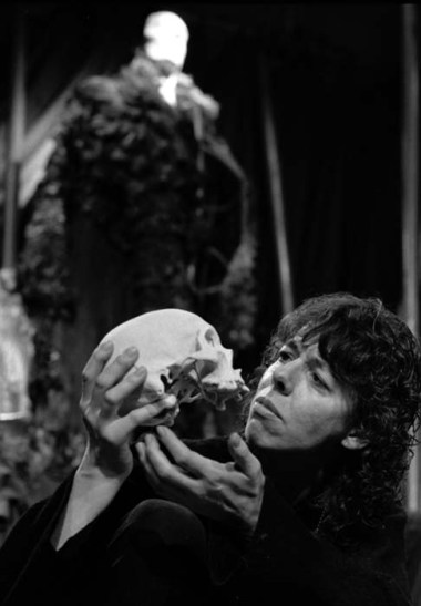 Frances de la Tour as Hamlet. Photo Donald Cooper