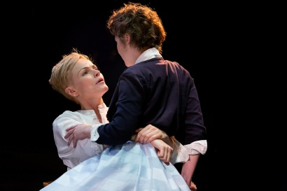 Maxine Peake as Hamlet and Katie West as Ophelia. Photo Jonathan Keenan