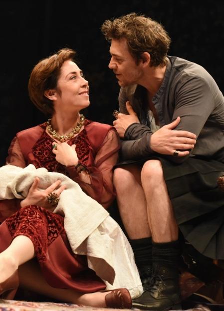 Sofie Grabol as Queen Margaret, Jamie Sives as James III. Photo Robert Day