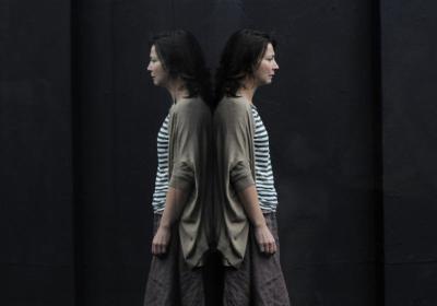 Anita Hegh as Gina. Photo Heidrun Löhr