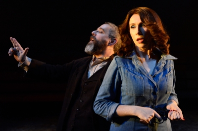 Andy Nyman as Charles Guiteau, Catherine Tate as Sarah Jane Moore. Photo Nobby Clark